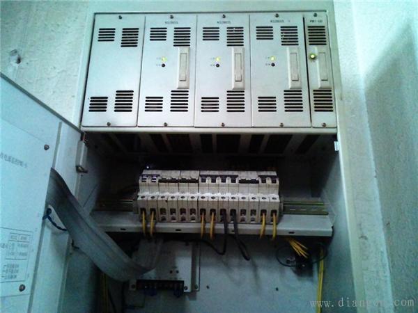 壁挂式UPS电源的安装步骤图解